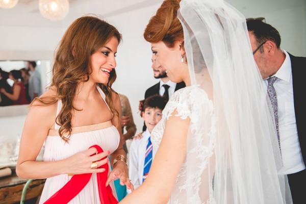 προετοιμασια-νυφης-γαμος-σαντορινη (3)