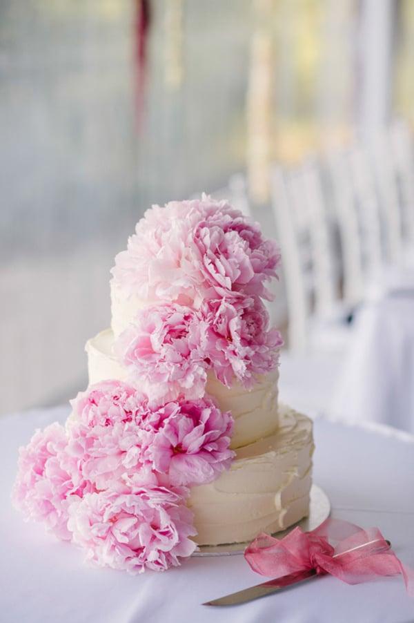 1682f6ce3489 20 τουρτες γαμου που πρεπει να δειτε - Love4Weddings