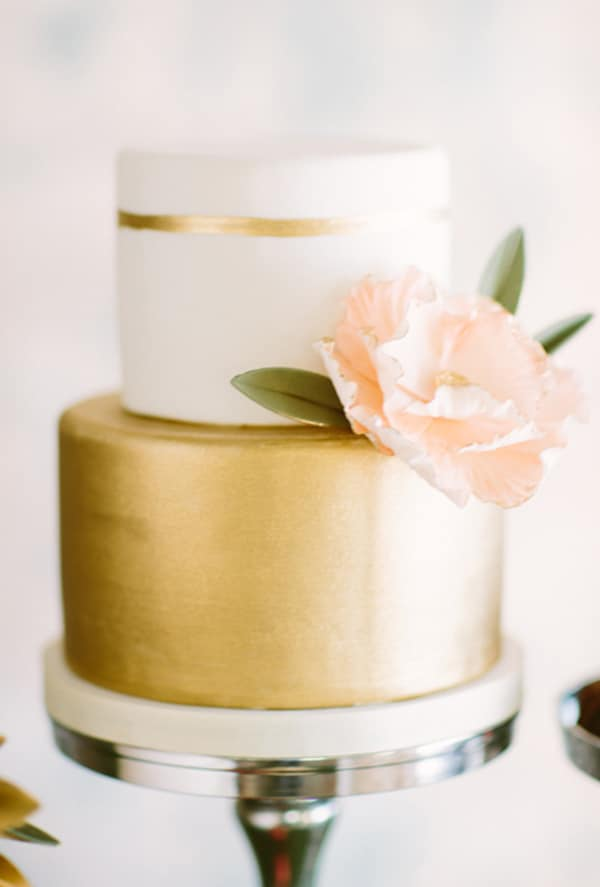 Metallic-Wedding-Cakes
