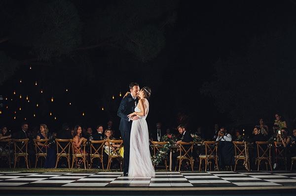 δεξιωση-γαμου-νυφικος-χορος
