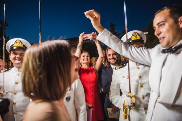 ναυτικος-γαμος-στην-αθηνα (1)