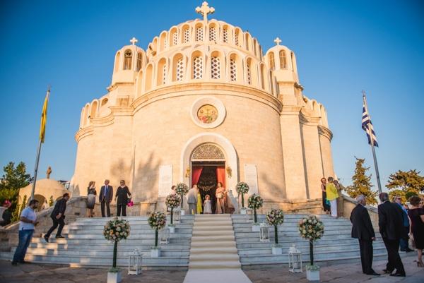 στολισμος-εκκλησιας-καλοκαιρινος-γαμος-στην-αθηνα