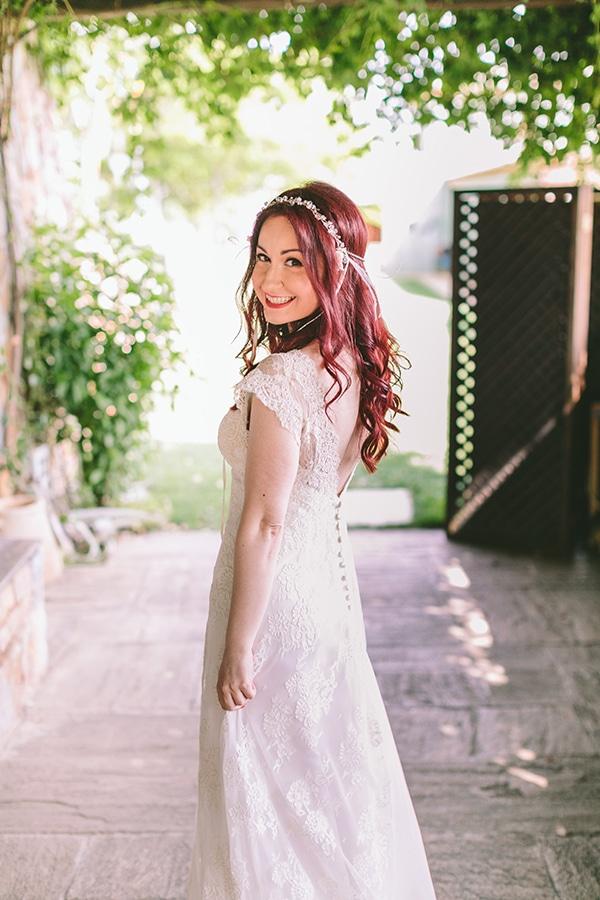 Νυφικο-με-ανοιχτη-πλατη-Victoria Kyriakides