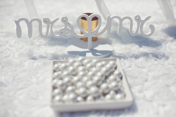 mr-mrs-διακοσμηση-γαμου