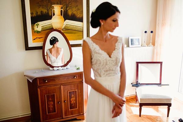 νυφικο-φορεμα-Katia-Delatola