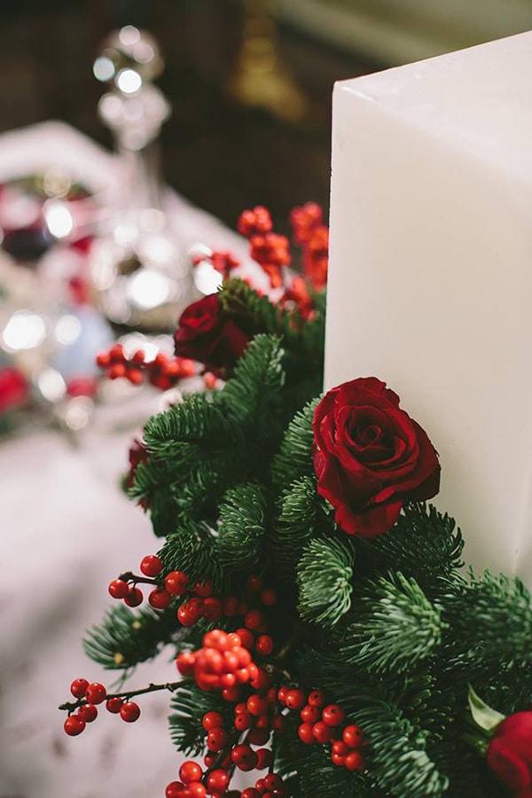 Στολισμος-λαμπαδας-με-κοκκινα-λουλουδια