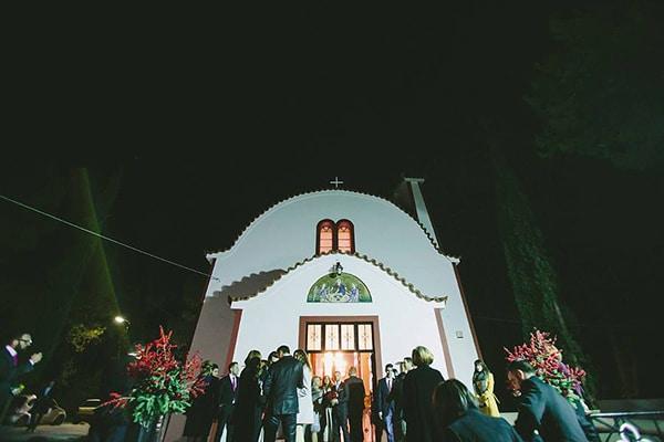 εκκλησια-για-γαμο