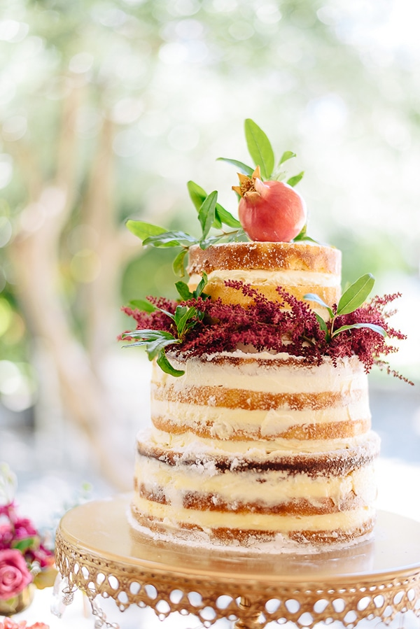 naked-cake-με-ροδι
