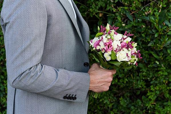 μοβ-λουλουδια-γαμος (1)