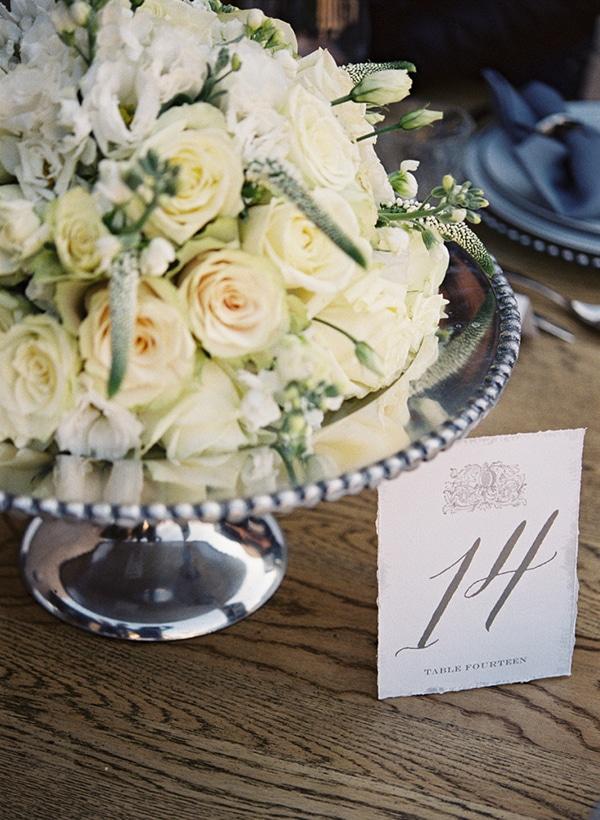 elegant-table-numbering-ideas