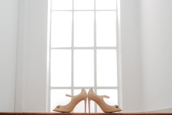 νυφικα-παπουτσια- salvatore-ferragamo