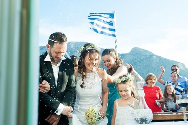 νυφικο-γαμος-σε-νησι