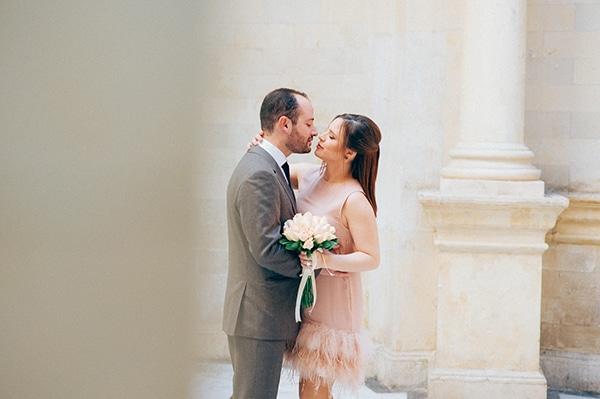 Stylish πολιτικος γαμος - Δημητρα   Ιγνατιος - Love4Weddings 8b26572f7e5