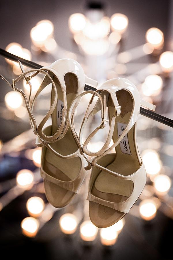 νυφικα-πεδιλα-καλοκαιρινος-γαμος