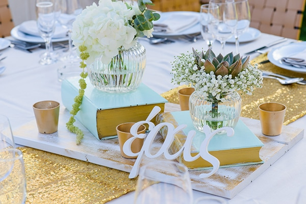 b522eee8b25f Elegant gold and mint wedding inspiration - Love4Weddings