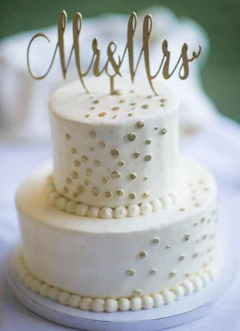 Elegant κορυφή για την τούρτα του γάμου σας σε χρυσό