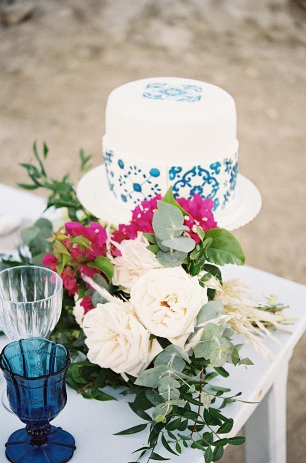 blue-portuguese-tile-inspired-wedding (2)