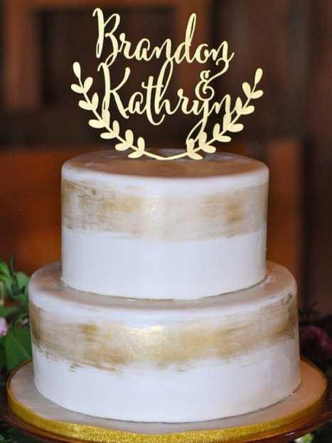 Cake topper για την τούρτα γάμου σε χρυσό με ρουστίκ στυλ