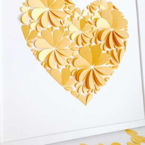 Πρωτότυπη ιδέα για τις ευχές των καλεσμένων γάμου σας. Οι καλεσμένοι σας μπορούν να γράψουν τις ευχές τους πάνω στα κίτρινα πέταλα του elegant λουλουδιού