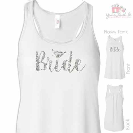 Μπλουζάκι για την νύφη με λαμπερά, ασημένια γράμματα