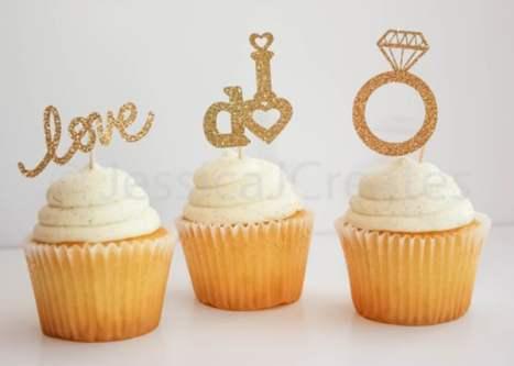 Χρυσά toppers με glitter, ειδικά για τα cupcake του γάμου σας