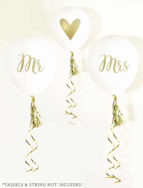 Mr. & Mrs. άσπρα μπαλόνια γάμου με χρυσά γράμματα. Ιδάνικα για τη διακόσμηση σπιτιού για γάμο