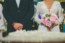 Ρομαντικη νυφικη ανθοδεσμη με ροζ παιωνιες