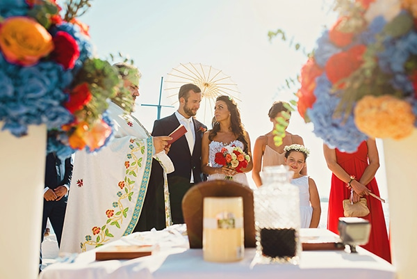 πολυχρωμα-λουλουδια-γαμος