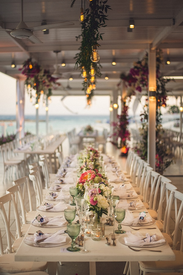 wedding-reception-table-colorful-decor