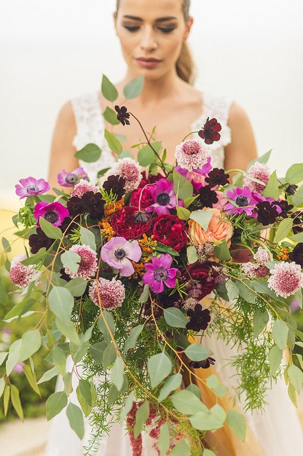 loose-bridal-bouquet-anemones