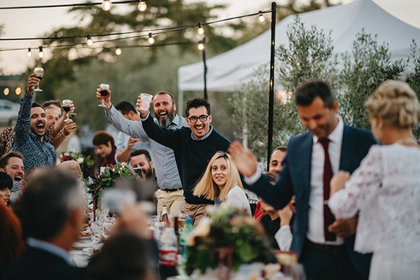 outdoor-wedding-reception-decor