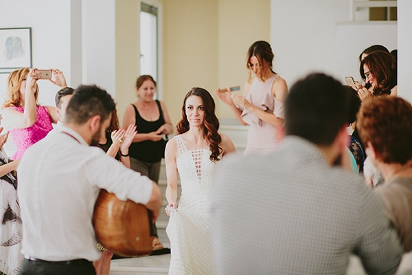 wedding-customs-cyprus-bride