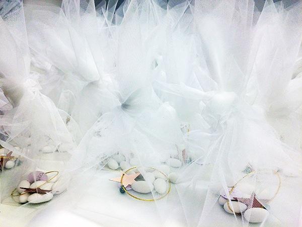 wedding-favors-white-tulle-4