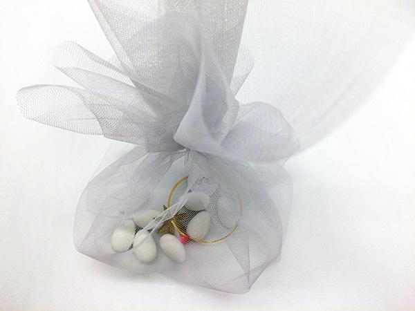 wedding-favors-white-tulle-5