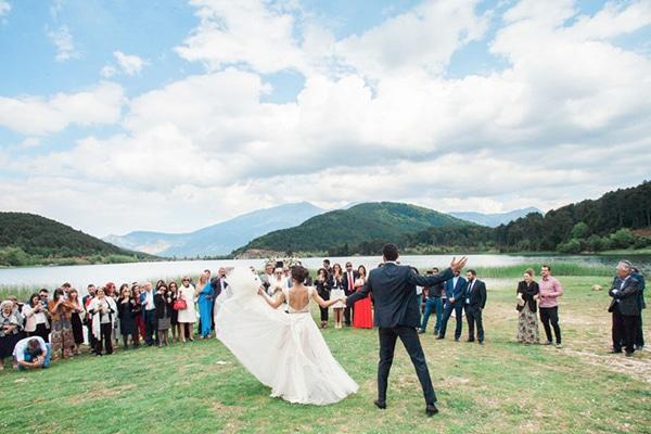 wedding-lake-6