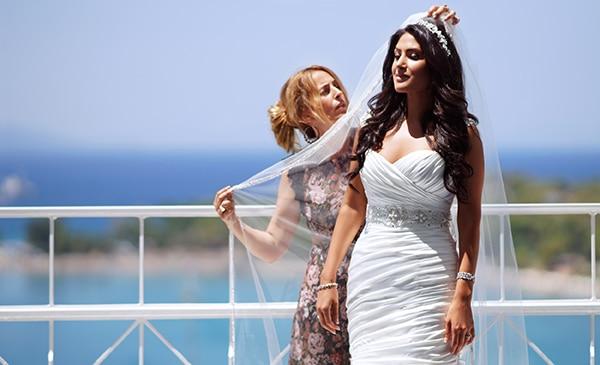 bridal-gown-demetrios