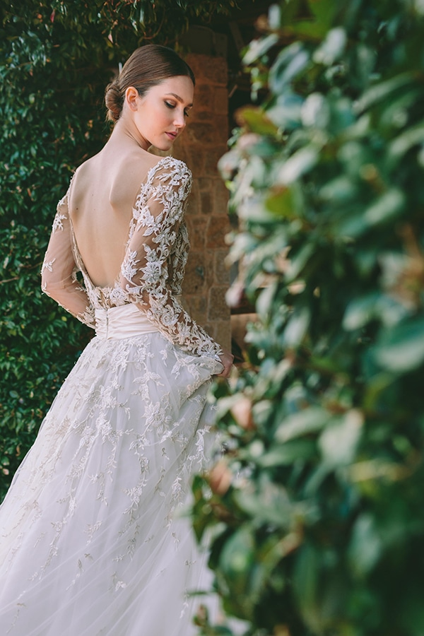 bridal-gown-lace-zuhair-murad