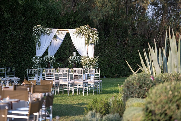 gold-green-wedding-inspiration-15