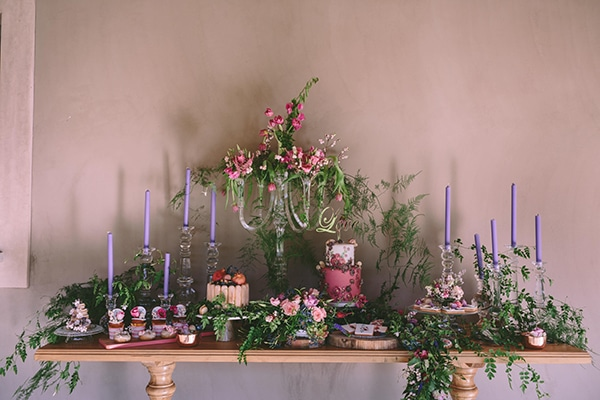 hand-painted-wedding-desserts-2