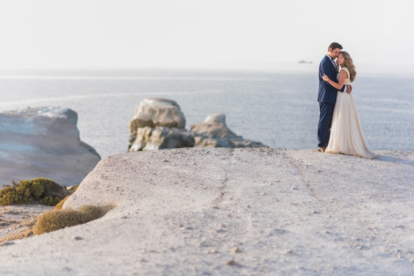 romantic-wedding-in-milos-1