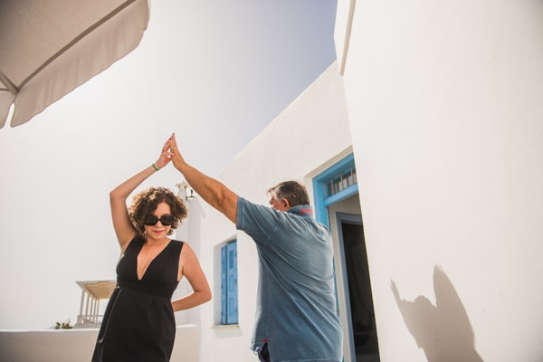 romantic-wedding-in-milos-25