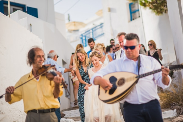 romantic-wedding-in-milos-38
