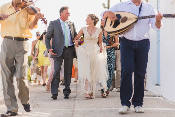 romantic-wedding-in-milos-39