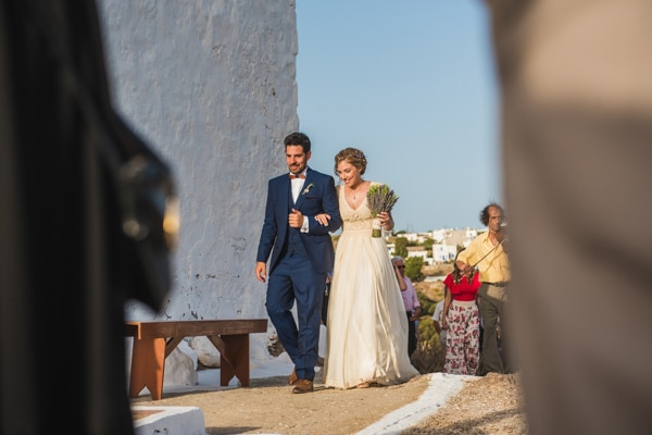 romantic-wedding-in-milos-46