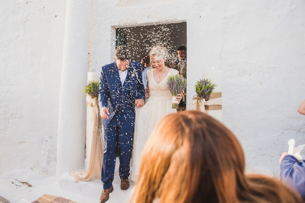 romantic-wedding-in-milos-53