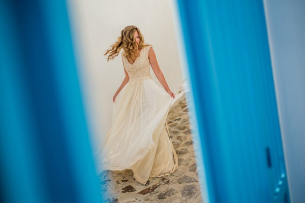 romantic-wedding-in-milos-66