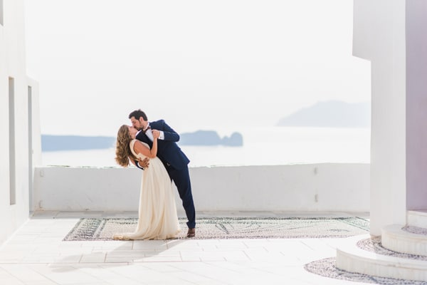 romantic-wedding-in-milos-70