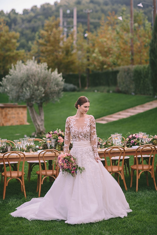 zuhair-murad-lace-bridal-gown