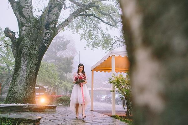 γαμος-με-βροχη
