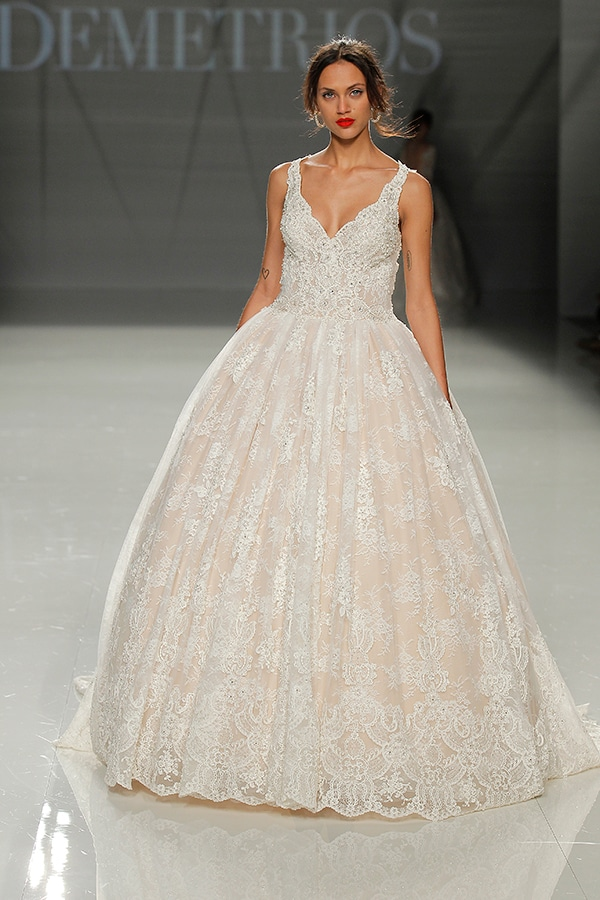 b224e0a74e4 Demetrios νυφικά 2018   Barcelona bridal fashion week - Love4Weddings